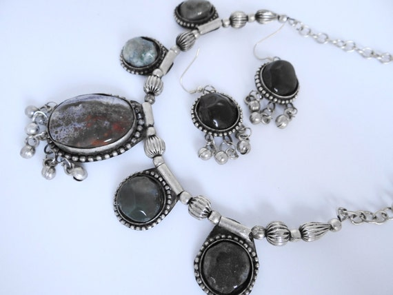 East Indian (or inspired)  silver and gray stone necklace and pierced earring set in mint condition