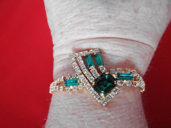 """RESERVED for JEAN AMAZING Vintage 1940s Czech art deco emerald green and rhinestone 7"""" bracelet  in mint condition"""