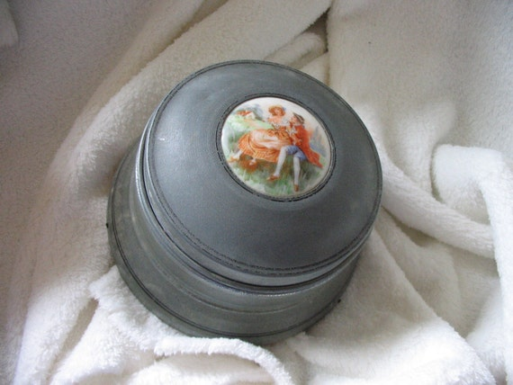 Vintage French Couple Musical Powder Box.  Created by Swiss Co. New York. Still Plays.
