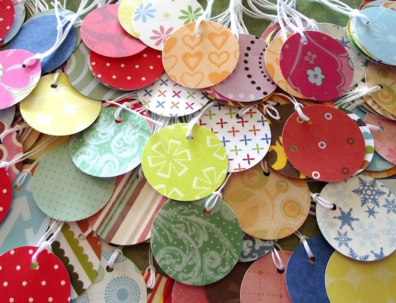 Sale - 100 - Assorted  -1.5 in  Round Paper - Hang Tags With Strings - FREE SECONDARY SHIPPING