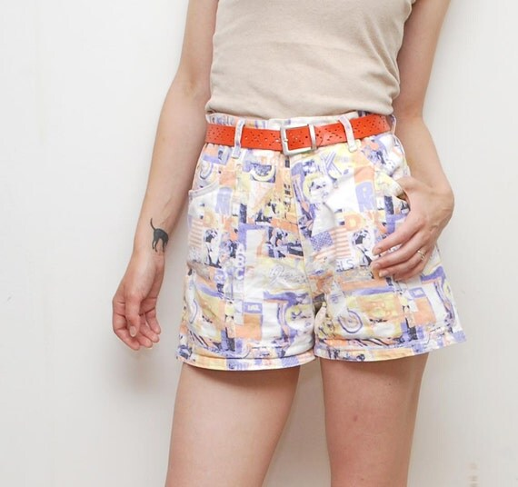SALE............80s high waist POSTER print denim jean shorts - medium