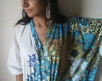 Nursing Kaftan - White with blue border