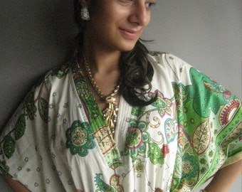 The beautiful garden Kaftan Robe - Perfect as a long dress, loungewear, beachwear, spas, for to be moms and more
