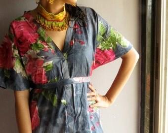 Gray Fuchsia Front Button Closure Kaftan Robe - Perfect as bridesmaids gifts, getting ready robes, beachwear, nursing, dressing gown