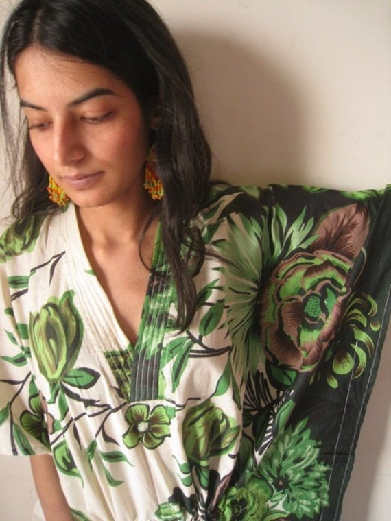Beyond the Forest 60s 70s style Kaftan Robe - Perfect long dress, beachwear, spa robe, make great Anniversary or Birthday gifts