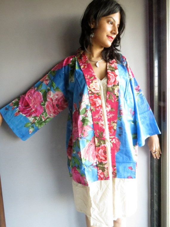 Blue Fuchsia Floral Haori - Japanese Kimono Full Sleeves Jacket - Perfect for outings to be worn over jeans or leggings, best gift for her