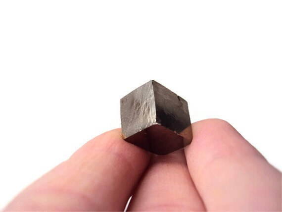 Natural Pyrite Cube from Spain, Fool's Gold, Wire Wrapping Crystal, Jewelry Supplies, Metaphysical Reiki Healing, New Age, Near Perfect Cube