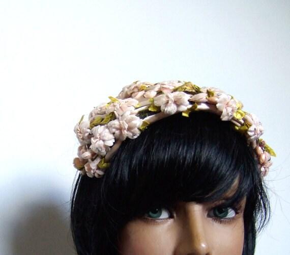 Floral Headpiece 50s 1950s Hat Tea Rose Flower Garden Party Wedding Fascinator