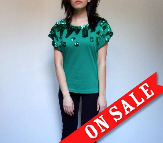 Sequins Women Tshirt Green Vintage 80s Tshirt Tee - Extra Small. Small XS/ S