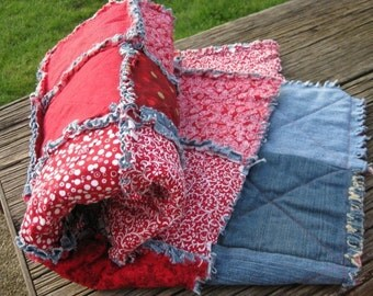 Little Red Raggedy Rag Quilt