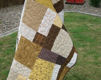 "Baby Brown Quilt 41"" x 52"""