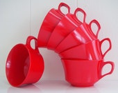 Retro RED Melmac Coffee Cups - Vintage Set Of 6 Plastic Tea Cups -  BootsNGus vintage housewares collection