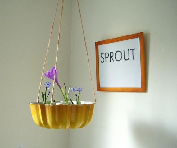 Spring Splendor Summer Squash Yellow Hanging Fresh Fruit - Vegetables - Decrotive Basket - Planter - UpCycled ReCycled Tin Bundt Cake Pan - April Showers - May Flowers