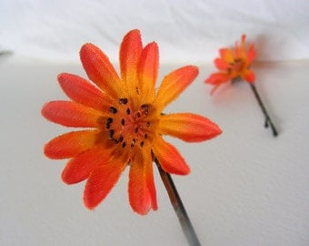 A pair of fire colored blossom DAISY clips - customizable on bobby pin, barrette, comb or alligator clip