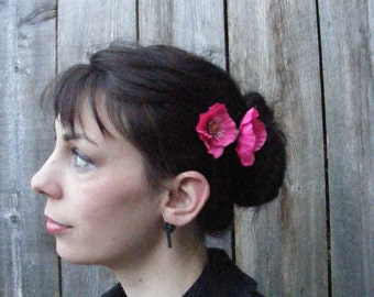 POPPY Love - duo o'  fuchsia - customizable on bobby pins, barrettes, combs or alligator clips