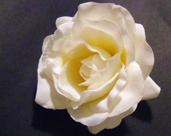 Rosy ivory - customizable on bobby pin, barrette, comb or alligator clip