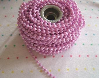 Small Lavender Pearl Trim, 4 mm - 12 Yards