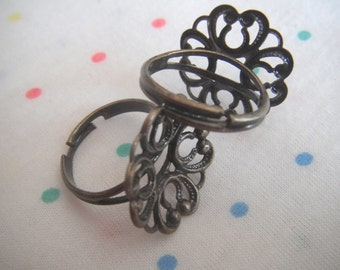 Antique Bronze Flower Base Filigree Adjustable Brass Metal Rings, Antique Finish, Ring Bases in Bulk, 20 mm (20)