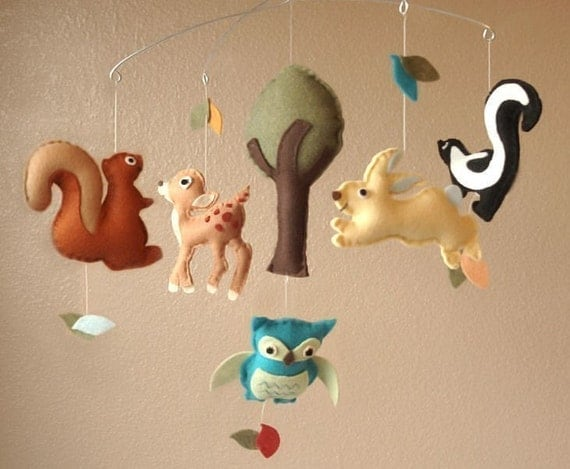 Woodland Creatures Felt Mobile - Deer, Squirrel, Rabbit, Skunk, Owl and Tree (Custom Colors)