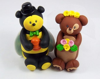 Wedding Cake Topper, Bumblebee, Bear, Personalized Figurines, Wedding Decoration, Unique Cake Topper