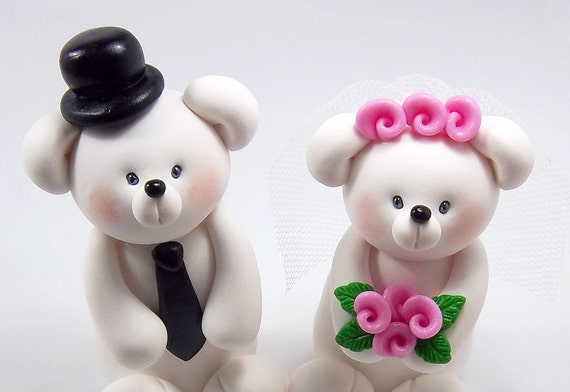 Custom Wedding Cake Topper, Polar Bears Couple, Personalized Figurines, Made To Order