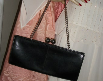 1940s Vintage Black Patent Leather Film Noir Purse with Kisslock and Chain Exec Cond