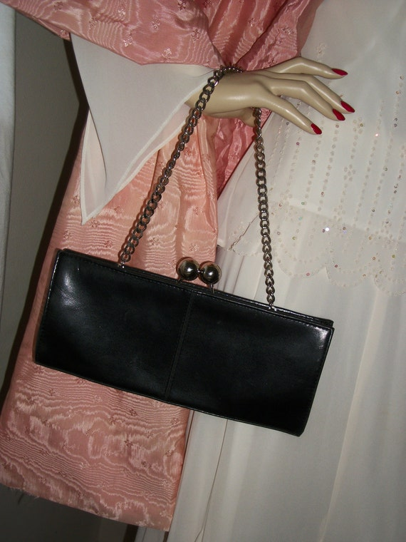 Vintage Black Patent Leather 1940s Film Noir Purse with Kisslock and Chain Exec Cond