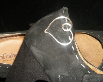 Silver Plate Heart Wire Shoe Clip