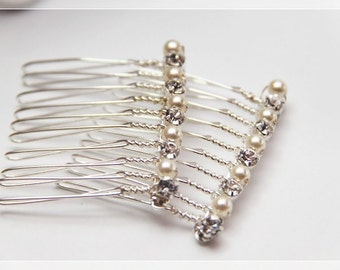 Set of 2 Swarovski Elements Crystal Pearls with Rhinestones on Silver Plated Combs. wedding hair-piece. bride and bridesmaids)