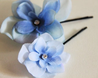 Limited Edition - Pair of Light Blue Blossoms Hair Pins. Swarovski Elements Crystal Rhinestones. Bobby Pin. Something Blue. Hydrangae. Sky