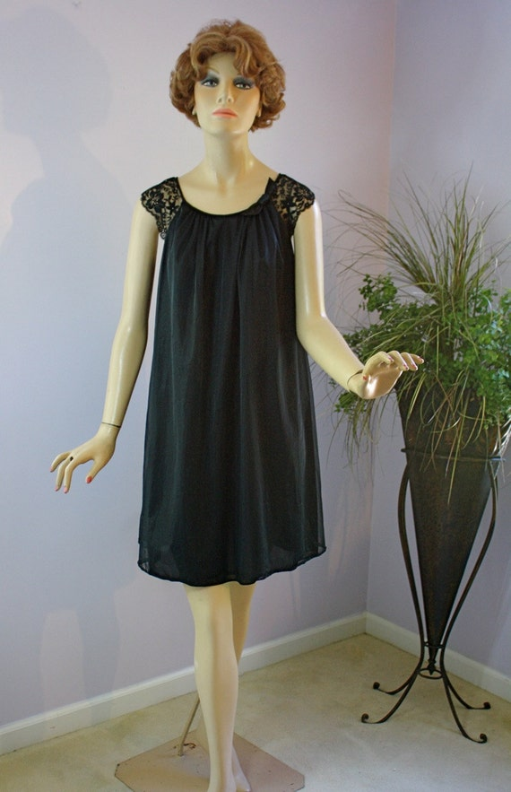 Vintage 60s Baby Doll Nightgown Vanity Fair Black Chiffon Lace Gown
