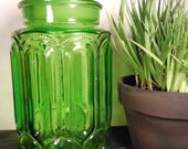 Gorgeous Vintage Vibrant Green Glass Cannister Jar