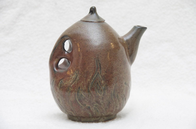 Two Finger Handle Ceramic Unique Flame Teapot