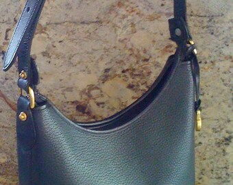 Sale Authentic Gorgeous Dooney & Bourke Hobo Handbag Black Leather/ All Weather Pebbled Vintage Leather