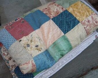 Cooler Neutrals Patchwork quilt--TWIN size--63X94