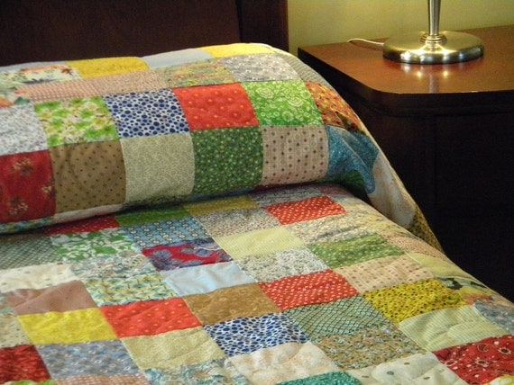 Quilts, handmade Patchwork bed Quilt, Queen Size 93 X 102 all cotton blanket, retro vintage look, bedding, primary colors, bedding decor