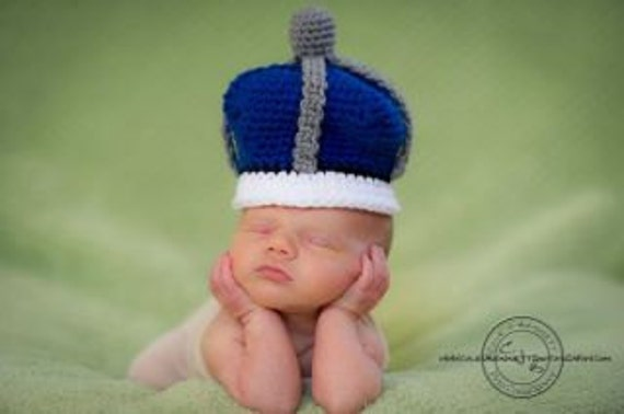 Little Prince Crown and Booties Set Crochet Pattern PDF 535