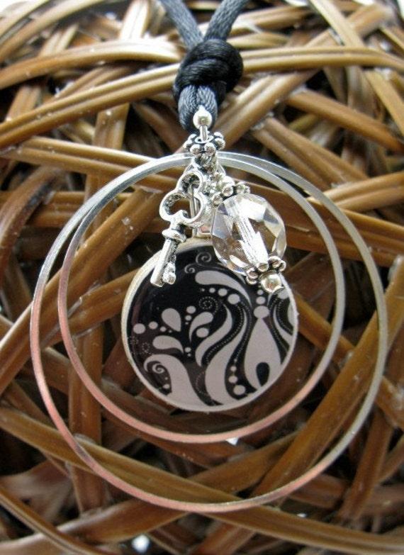 Concentric-Black Damask Mini Wood Tile Cluster Necklace