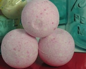Cucumber Melon Bath Bomb, 2.4 oz.