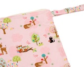 Hoos in the Forest - 12x12 Sweet Bobbins Wet Bag - SEAM SEALED - Snap Strap - Boutique Quality