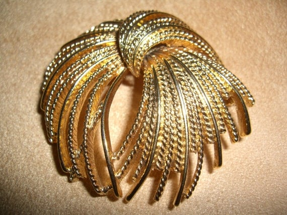 vintage costume jewelry  / monet brooch  /  RESERVED FOR ANNA