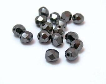 Gunmetal Faceted Czech Glass Beads  6mm  25 beads  Item 1703