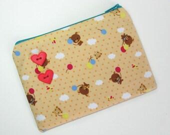 Fly away bear pouch