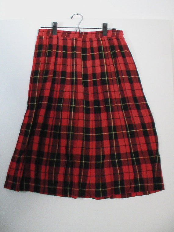red plaid pleated skirt schoolgirl size 14 boho bohemian punk tartan Russ Petites