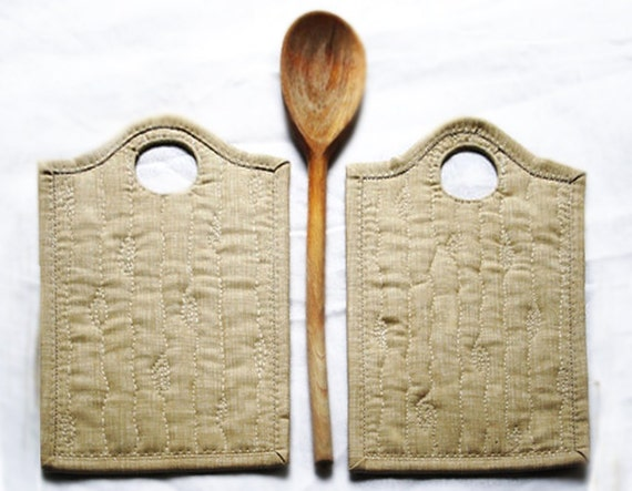 Quilted pot holders set of 2
