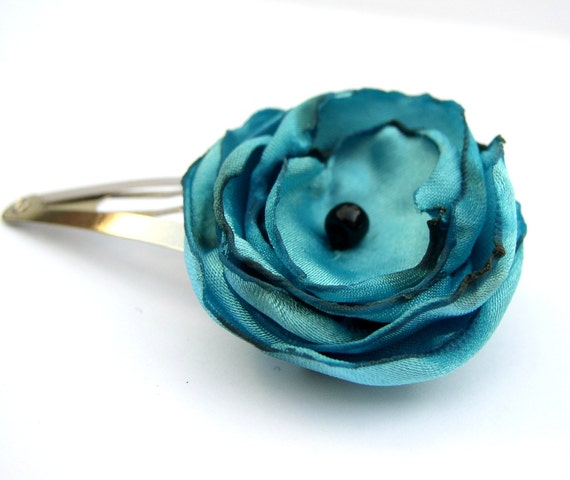 Turquoise fabric flower snap hair clip