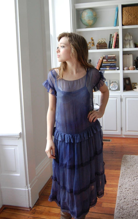 V I  N T A G E 1920's Blue Nile silk chiffon flapper dress