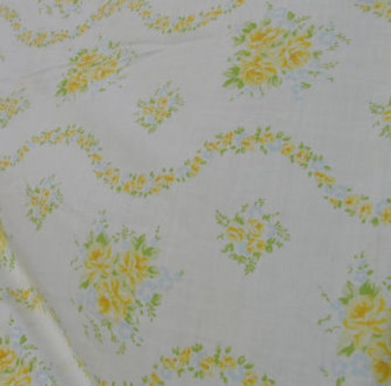 Flower Bouquets and Garland Stripes in Aqua, Yellow and Green, VINTAGE SHEET, Fat Quarter