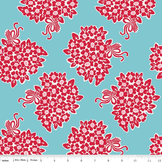 Riley Blake, Lori Holt, MILLIE'S CLOSET, Main/Floral Bouquet in Red, 1/2 Yard