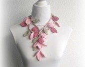 Crochet lariat scarf with Leaves in Dusty rose, pink, Champagner, Necklace
